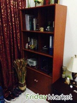 Almost New Bookshelf Cabinet For Sale Al Muharraq Bahrain