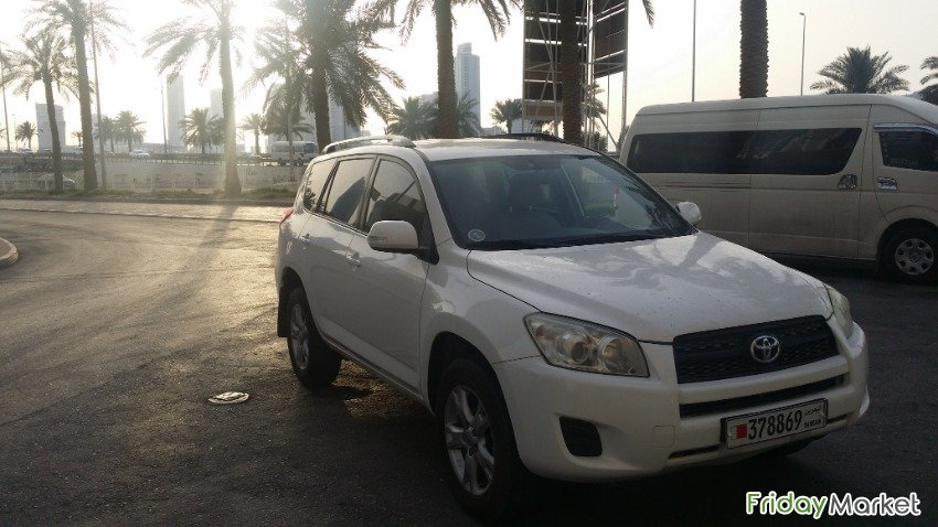 Jeep Toyota Rav 4 Full Automattic Very Good Condation Manama Bahrain