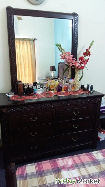 Dressing Table With Stool Manama Bahrain